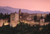 Granada / Granada is a magical Spanish city full of Arabic influences. It's also one of the best places to try tapas in the world.