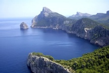 Mallorca / The largest of the Balearic islands, Mallorca is paradise in the middle of the Mediterranean.