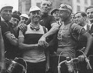 Tour de France / Photographies du Tour de France http://gallica.bnf.fr/html/und/images/cyclisme