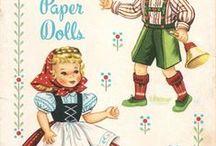 Paper dolls / by Rietje de Jong