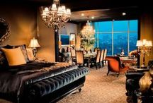 Most Romantic Hotels in Houston, Texas / Hotels in Houston offering couples romance and relaxation.