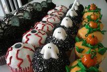 Halloween Cupcakes / www.debistonewall.origamiowl.com / by Debi Stonewall