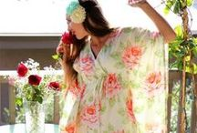 Privalia ♥ Fiori / Fiori, fiori, fiori... Grandi, piccoli, colorati, sono una delle cose più belle di questa stagione! A noi piace indossarli o averli tra i capelli, per portare la Primavera sempre con noi e avere quel tocco glamour e romantico che con guasta mai!