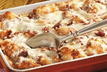 Oh Yum....Casseroles / by Sandy (Girlyfrog) Eyler