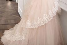 Fashion Wear / by Wanda Raines