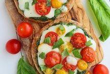 I Love To Eat / by Diana Hu