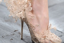 Shoes / by Alejandra Pena