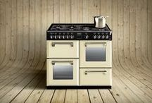 Cream range cookers / Traditional cream range cookers are still in fashion.