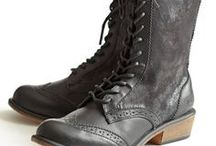 vintage roper boots-obsessed / by Ali Donlan