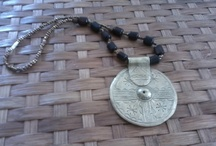 Tatu / Fairtrade jewelry, recycled glass, beads, bones!! Fun and Fabulous!!! Made in kibera slums, Kenya