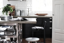 Kitchen / by Lily Ponthieux