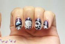GALAXY Nails / Galaxy, planets, stars, aliens, and out-of-this-world related Nail Art / by BASECOATTOPCOAT