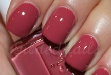 Nails / by Julie Reid