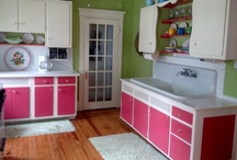 A Fun Beach Cottage Kitchen / by Innovasion