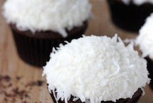 Desserts- Coconut / by Tiffany Scarvie