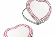 Personalised Gifts For Women / If your looking for a unique gift that she will love our vast range of Personalised Gifts for Women are just the thing - the perfect combination of pratical, romantic and unique - she will love them!