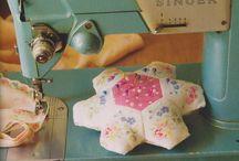 Felts & Crafts / Felts, crafts, sewing, DIY, patterns, models, patronas, fieltro, feltro, keçe, sew, ideas, fabric, kumaş, elyapımı, handmade, homemade, evyapımı, vintage, colorful, craft, sewing machine, needleart, stitch / by Gulcin Soyer