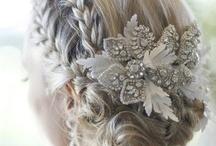 {Wedding} Accessories