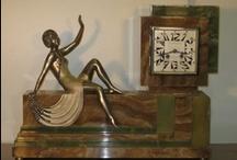 ೋღArt•Decoღೋ / ✿ڿڰۣ(̆̃̃•Aussiegirl I love the Art Nouveau and Art Deco decorative style prominent in the 1800-1960s. Also Retro style. Chic and feminine at times, later in Deco era, it was Characterized by geometric shapes, also showcasing today's modern reproductions of that era.
