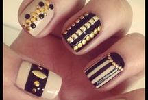 Nails / by Ana Moreen