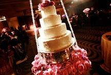 {Wedding} Cake Tables