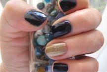 dzee nayulls / (It makes sense if you're a Shakespeare geek.)  nails. nail polish. polished nails.