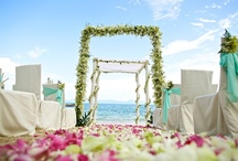 Because I love you / Share your vows in paradise on earth, under a canopy of sky and surrounded by the endless blue of the mystical Gulf of Siam.