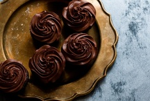 Eat Sweet Treats / by Shannon