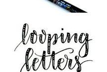 Kalligraphie / eine schöne Handschrift ist etwas ganz wunderbares... nur leider muss man dazu ganz viel üben und noch mehr üben. Ich versuche es immer wieder einmal und hol mir hier die Inspiration dazu