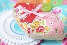 Small Patchwork Projects / Kleine Nähprojekte / Small patchwork and quilting ideas and inspiration: pincushions, bags, purses, accessories and such / kleine feine Nähprojekte: Nadelkissen, Taschen, Täschchen und Accessoires  *** ellis & higgs - Patchwork, Quilting & Sewing: Patterns, DIY Tutorials, Ideas, Tips & Tricks / Patchwork Anleitungen, DIY Tutorials, Ideen, Tipps und Tricks ***