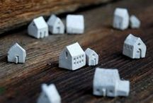 We Love Tiny Things / Here at Tinyme, we can't help but love all things tiny!