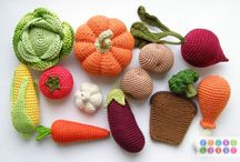 Play Food / Knit, crochet, saw your play food.
