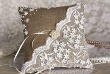 ring pillows
