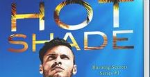 Hot Shade by Tamara Lush / In the tropical Florida heat, a man with deadly secrets falls for a lovely, inquisitive reporter...