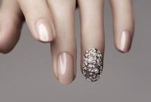 Nails / by Hana Jun