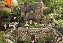 fairy garden pictures and gnomes / Fairy gardens and gnomes are becoming a pretty hot landscaping feature. They give a magical life to your yard. We hope you get some great ideas for your enchanted yard, and thanks for visiting our boards.
