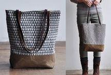 'Bags and Purses / by Mónika Nagy