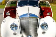 Wedding Transportation /  Lasting Impressions operates an unparalleled fleet of safe and luxurious Maryland, Washington D.C. and Pennsylvania limousines and specialty vehicles, all designed to delight and pamper you.   http://www.lastingimpressions1.com/
