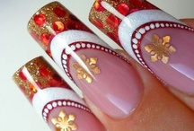 Creative Nails... Christmas / by Artelsie