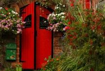 Beautiful: Doors / A home's first impression. / by Robert Leeper
