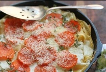 Cast Iron Deliciousness / Recipes for food made in cast iron frying pans and dutch ovens