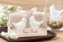Love Bird Wedding Ideas / Let love take flight with these adorable ideas for a love bird wedding theme.