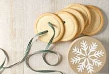Handmade Gifts Ideas / A collection of crafts that would make great presents.