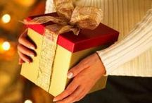 Christmas Gift Ideas / Find Christmas gift ideas for everyone on your holiday shopping list.  Some are elegant and festive, some are classic and sophisticated and some are just downright cute.  Find gifts for men, women, teens and babies.