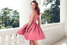 AVON Little Pink Dress / A lágy jázminszirmok, a rózsaszín bazsarózsa és az érzéki pézsma ragyogó kompozíciója tökéletes választás azoknak, akik szeretik a klasszikus illatokat, és örök fiatalnak érzik magukat!