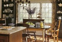 Kitchen / by Laura Beth Breaux (Williams)