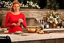 Donatella Entertains / Culinary-mogul and Food Network star Donatella Arpaia shares her love of cooking and entertaining with Frontgate, bringing fun, drama and personality to your table.