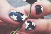 NAIL IT! / All sorts of fun and crazy nail art!