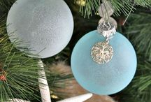 2014 Christmas in Charleston / Everything cream, gold and soft blues and sea greens.