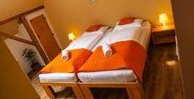 Lótuszvirág vendégház / Vendégházunk Szekszárd legszebb részén található. 5 igényes fürdőszobás szobánkban 15 főt tudunk egyszerre vendégül látni.